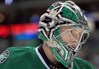 Lehtonen Helps Carry Stars Past Maple Leafs 6-3