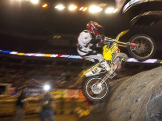 1/22-1/23: Motocross Stunts and Banjo Beats