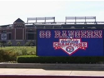 Fan Sues Rangers Ballpark, Concessions
