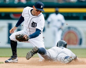 Kinsler Off to Hot Start For Tigers