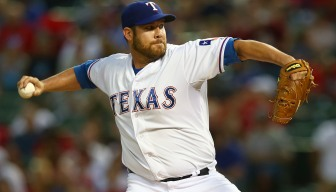 Lewis Gunning for Sweep of Astros