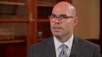 'Dennis Bonnen Lied': Activist Calls Out Texas House Speaker