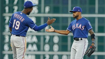 Rangers Win, Become 1st Team to Sweep Astros This Year
