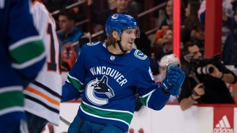 Granlund Scores Shootout Winner as Canucks Down Stars