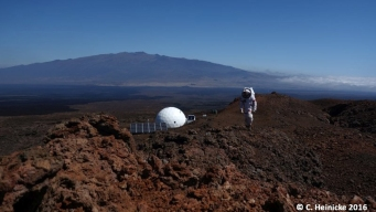 Mock Mars Crew Returns to Civilization, After Year in Isolation