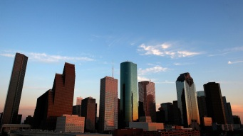 Mayor: Up to 2,200 Layoffs if Houston Pension Reforms Denied