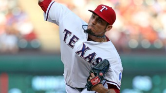 Angels, Diamondbacks Frontrunners For Garza