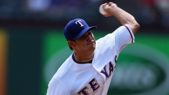 Martin Perez Inks 4-Year, $12M Deal