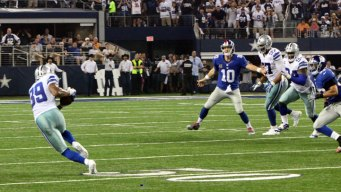 Cowboys Survive Giants With 6 Turnovers