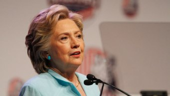 Clinton: Immigration Reform Would Be Top Priority in WH