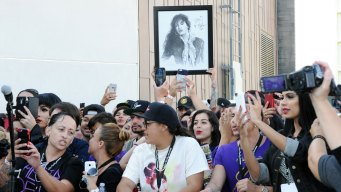 Texas Judge Allows Lawsuit Against Selena Widower to Proceed