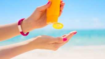 Sunscreens May Enter Bloodstream, But Effects Unknown: Study