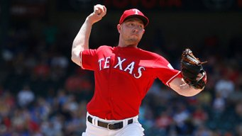 Sampson Gets First Win as Starter as Rangers Top Royals