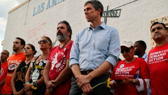 O'Rourke Forgoing Iowa to Stay in Texas After Mass Shooting