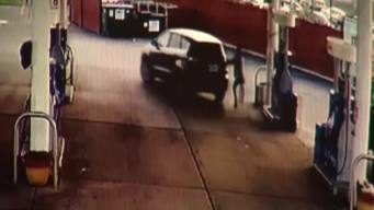 Chicago Carjacking Caught on Camera