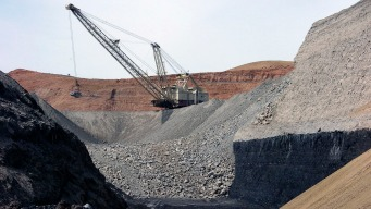 US Officials Say They Wrongly Announced Coal Mine Expansion