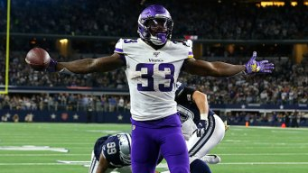 Cook Leads Vikings to Prime Time Road Win Over Cowboys