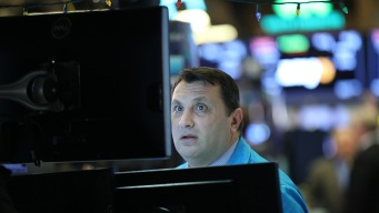 Stock Market Plunges on Doubts Over Trump's Trade Deal