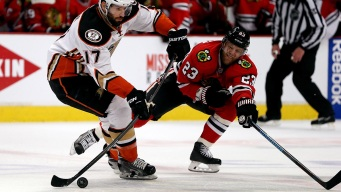 Ducks Beat Blackhawks 2-1 in Game 3 of Western Finals