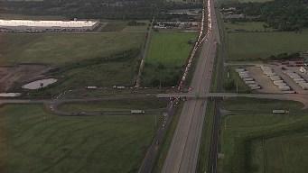NB I-45 Lanes Closed Due to Jackknifed 18-Wheeler