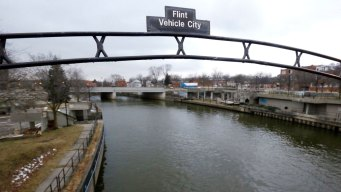 6 More Mich. State Workers Charged in Flint Water Crisis