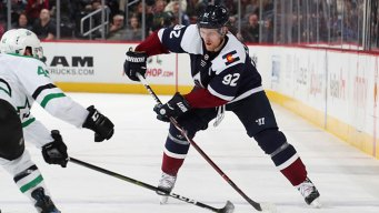 Landeskog, Rantanen Lift Avs to Win Over Stars