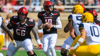 Texas Tech QB Alan Bowman Sustains Partially Collapsed Lung