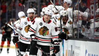 Kane Helps Blackhawks Beat Stars 6-1