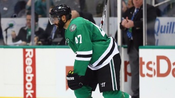 Stars Trade Johnny Oduya to Blackhawks