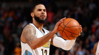 Free Throws Lift Nuggets Over Mavs in OT