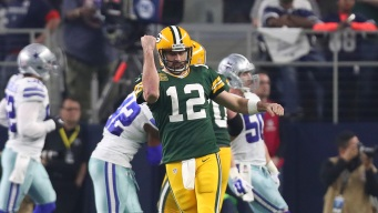 Aaron Rodgers Looks to Continue Success Against Cowboys D