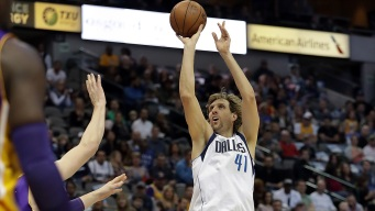 Nowitzki Starts Mavericks Toward 122-73 Rout of Lakers