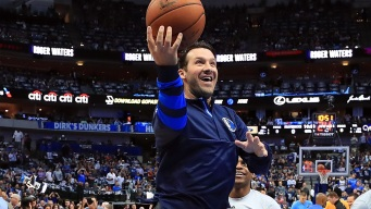 Romo's Honorary Mavs Day Turns Spectacle for Final Home Game