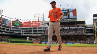Astros Wrap Up Sweep, Rout Rangers 12-2