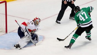 Radulov Has 2 Goals, Assist as Stars Beat Panthers