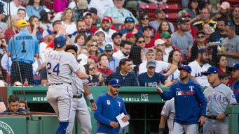 Pence Hits Inside-the-Park HR, Rangers Beat Red Sox
