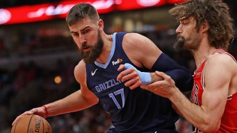 Valanciunas, Noah Dominate, Grizzlies Beat Mavericks