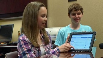Lewisville ISD Program Gives Students iPads