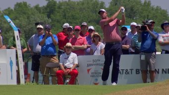 Leishman Sets 36-Hole Nelson Record, Keeps Spieth 8 Behind