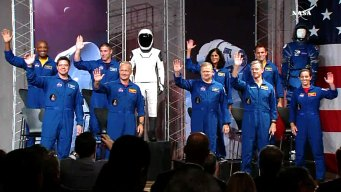 NASA Assigns Astronauts to Commercial Flights