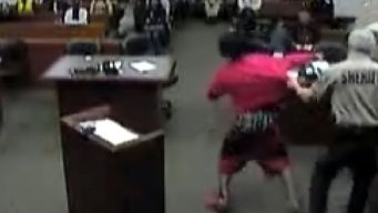 Man Tries to Escape Courtroom