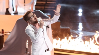 """Final Three Vie to Become """"The Voice"""""""