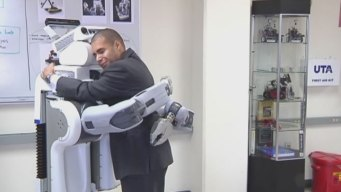 UTA Opens New Robotics Laboratory