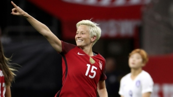 Rapinoe Makes History in Sports Illustrated Swimsuit Issue