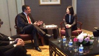 Ted Cruz, Texas Governor Meet with Taiwan President