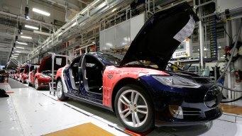 CNBC's Phil LeBeau Talks Self-Driving Cars