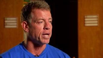 Troy Aikman, United Way Hosts STEM Event