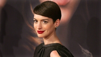 Hathaway Honored by Costume Designers Guild