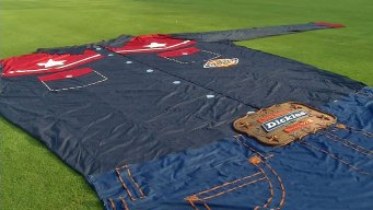 Big Tex Dons New Duds for 2014
