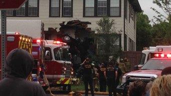 3 Killed in Oak Cliff SUV, House Crash